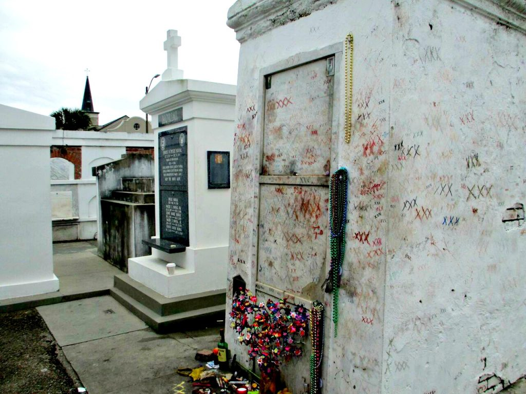 Marie Laveau Tomb French Quarter