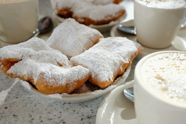 beignets guide to french quarter